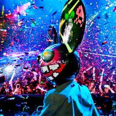 dead-mau5 Dj Music, Dance Music, Rave Party Ideas, Lazer Lights, Festival Photography, Rave Gear, Edm Festival, Partying Hard, Daft Punk