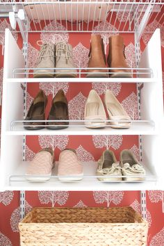 I installed a Rubbermaid closet organization system in my mom's guest room closet. Learn my install tips and see this before and after! Creative Shoes, Unique Shoes, How To Organize Your Closet, Closet Shoe Storage, Diy Playbook, Closet Organization, Organization Ideas, Shoe Organizer, Closet Designs