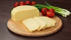 Homemade cheese - very easy to prepare and without added ingredients Domácí sýr – velmi snadný na přípravu a je bez přidaných látek a konzervantů! Homemade cheese – very easy to prepare and without added ingredients or canned … - Queijo Cottage, Lactation Recipes, Homemade Cheese, Cooking Recipes, Healthy Recipes, Feta, Camembert Cheese, Blueberry, Peanut Butter