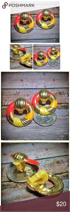 1980s vintage gold door knocker clip-on earrings These are 1980s vintage coral hot pink, gold, and yellow door knocker costume jewelry clip-on earrings! If you like the item,not the price, place an offer! To bundle,select each item you want,click add to bundle,then you can go to your bundles & purchase/place an offer for the bundle! Vintage Jewelry Earrings