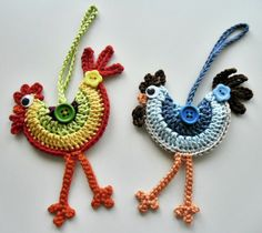 Loved these funky crochet roosters when I saw them and had to make some, pattern by Dawn Sparks can be found on Ravelry at http://www.ravelry.com/patterns/library/bucksters-rooster-ornaments.