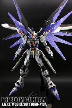MG 1/100 Freedom Gundam Ver. 2.0 - Customized Build Modeled by lazycat0416