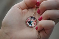 Pendant by Florica source : Drink and Lipstick ♥: Florica
