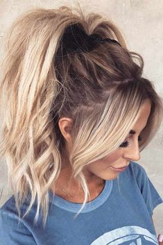 There are many choices of ponytail hairstyles that can be tried to enhance your appearance. From cute ponytails to high or low ponytail hairstyles, they can look messy, elegant and smooth. High Ponytail Hairstyles, Girl Hairstyles, Twisted Ponytail, Ponytail Hairstyles Tutorial, Trendy Hairstyles, Blonde Ponytail, Teenage Hairstyles, Daily Hairstyles, Short Hair Ponytail Hairstyles
