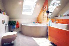 Proiect superb de casa cu mansarda in suprafata de 90 mp! 100 M2, Loft Bathroom, Design Case, Corner Bathtub, House, Home Decor, Orange, Mirror, Space