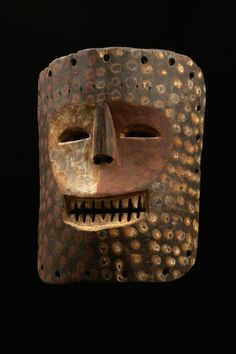 Ndaaka mask, Democratic Republic of Congo African Masks, African Art, Ancient Aliens, Ancient Art, Atelier D Art, Art Premier, Inuit Art, Head Mask, Art Africain