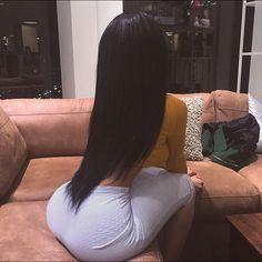 hair, ass, and body Bild