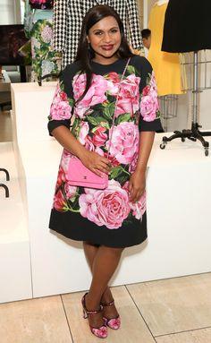 Sartorial Inspiration Mindy Kaling Floral Dress - Shop for Mindy Kaling Floral Dress on Wheretoget K Big Girl Fashion, Star Fashion, Celebrity Dresses, Celebrity Style, Mindy Kaling, Dress Up Outfits, Fashion Sites, Night Looks, Red Carpet Dresses
