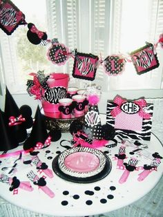 pArTy TIMEhandpainted and crafted party packages to by dillydAllie, $79.99