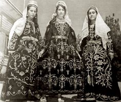 Ottoman Empire, Traditional Outfits, Kaftan, Old Photos, Art Photography, Folk, Photographs, Costumes, Times