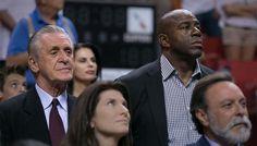 La leçon de patience de Pat Riley à Magic Johnson -  Si le jeune président des Lakers, Magic Johnson, se cherchait encore un mentor, il l'a trouvé en la personne de Pat Riley. Le président du Heat, et ex-entraîneur des Lakers… Lire la suite»  http://www.basketusa.com/wp-content/uploads/2017/06/riley-magic-570x325.jpeg - Par http://www.78682homes.com/la-lecon-de-patience-de-pat-riley-a-magic-johnson homms2013 sur 78682 homes