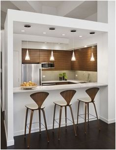 Small kitchen design planning is important since the kitchen can be the main focal point in most homes. We share collection of small kitchen design ideas Small Kitchen Bar, Kitchen Bar Counter, Kitchen Bar Design, Breakfast Bar Kitchen, Diy Kitchen, Kitchen Dining, Kitchen Decor, Kitchen Ideas, Space Kitchen