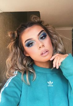 Spring Makeup Looks You Need To Try In Spring Makeup; Makeup Looks; Spring… Spring Makeup Looks You Need To Try In Spring Makeup; Makeup Looks; Spring Makeup Looks; Glam Makeup, Pink Eye Makeup, Dress Makeup, Cute Makeup, Makeup Inspo, Makeup Inspiration, Hair Makeup, Makeup Ideas, Makeup Tips