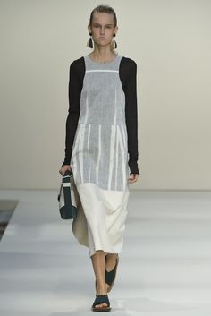Marni RTW Spring 2015 // using inside-out pleating as a design element?