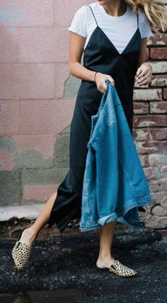 Post- The Modhemian Fall Fashion Trends: Layering Your Slip Dress — The Modhemian - slip dress with jacket, layering slip dress for fall Source by - Fall Fashion Trends, Fashion 2017, Look Fashion, Runway Fashion, Autumn Fashion, Fashion Outfits, Dress Fashion, Fashion Clothes, Fashion Ideas