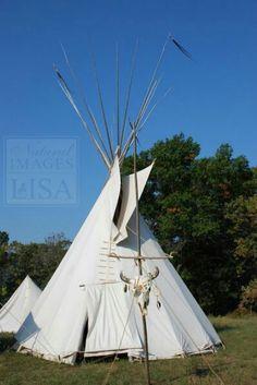 Native American Teepee, Native American History, Native American Indians, Native Americans, Indian Teepee, America Images, North And South America, Pow Wow, Native Indian