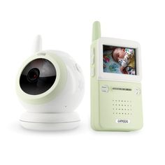 Parents warned in US on hacked baby webcams