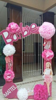 Barbie Photo Booth - for Child Size Party Barbie Party Decorations, Barbie Theme Party, Barbie Birthday Party, 6th Birthday Parties, Birthday Decorations, Girl Birthday, Birthday Ideas, Fourth Birthday, Birthday Table