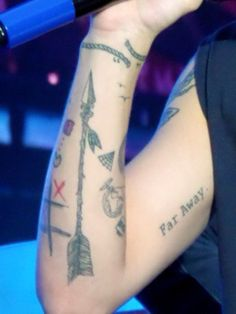 Louis Tomlinson just freaking realized Louis and I have the same tattoo and I promise I did not copy him!