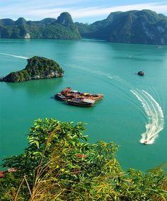 Ha Long Bay - Vietnam
