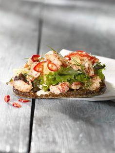 Skagen, Bruschetta, Salmon Burgers, Ethnic Recipes, Food, Salmon Patties, Meal, Essen, Hoods