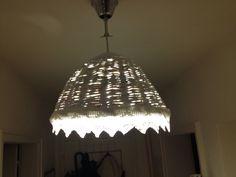 Lampenschirm aus Papierröllchen