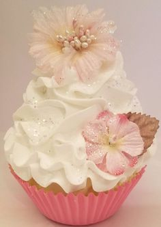 SHABBY COTTAGE PASTEL FAKE CUPCAKE, HOME DECOR, DISPLAYS, AND PHOTO PROPS #FakeCupcakeCreations