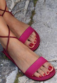 Sandali alla Schiava. Sandali artigianali da donna. www.sandalishop.it