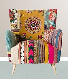 I love chairs like this, I truly do! Going to have to get one eventually! Does anyone know where this chair is from? There is no working link with this pin...