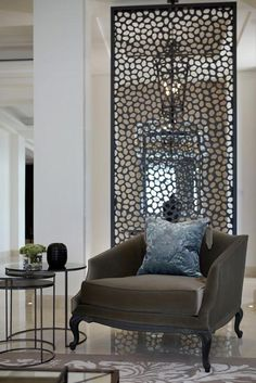 Room dividers are quite popular nowadays. Separate your living room and bedroom, dining room and kitchen, or create a home office. We have picked 27 photos that can inspire you. ★ See more: http://glaminati.com/room-dividers-ideas-for-home/?utm_source=Pinterest&utm_medium=Social&utm_campaign=room-dividers-ideas-for-home&utm_content=photo8