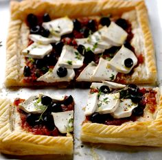 Goats' Cheese and Puff Pastry Pizza with Heritage Tomato Relish - Tracklements Puff Pastry Pizza, Chicken Patties, Tomato Chutney, Sausage Rolls, Thai Chicken, Honey Mustard, Cheese Recipes, Goat Cheese, Vegetable Pizza