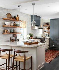 30 Kitchens That Dare To Bare All With Open Shelves | Badezimmer und ...