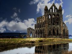 It was founded in 657 AD by the Saxon King of Northumbria, Oswy as Streanshalh .Whitby Abbey, Norway, By Alika