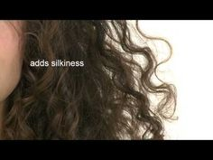 Davines launches OI/ALL IN ONE MILK a multibenefit beauty treatment product for all types of hair with roucou oil. Angelo Seminara shows us the many benefits of this product in a video tutorial. Angelo Seminara, Davines Oi, Lazy Hairstyles, Hair Care Brands, Moroccan Oil, Hair Affair, Hair Tools, Hair Designs, Wavy Hair
