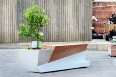 How can you not love the combination of recycled and natural materials in this wonderful geometrical piece? @blafudesign