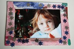 homemade picture frames - happy hooligans - Christmas crafts for kids