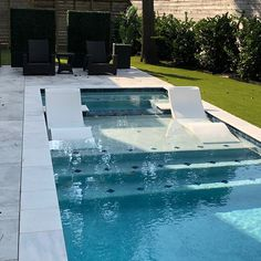 34 Lovely Sea Pool Design Ideas To Inspire You - In addition to the primary function of a pool, budget and landscaping are key factors when considering pool design. Among the many kinds of pools avai. Backyard Pool Landscaping, Backyard Pool Designs, Small Backyard Pools, Small Pools, Swimming Pools Backyard, Swimming Pool Designs, Lap Pools, Indoor Pools, Pool Decks