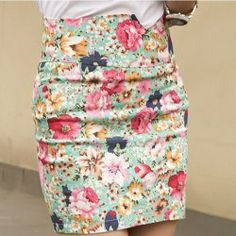 $5.93 Retro Style Floral Pattern Print and High Waistline Design Skirt For Women