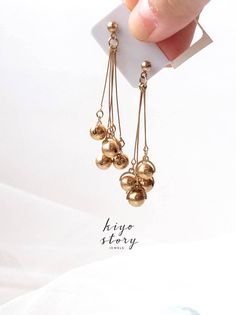 Golden Dangle Earring Gold Retro Style Earring Roaring