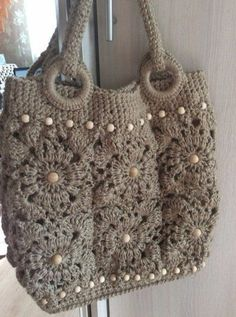 Art Couture Bag - Hand Crochet - Flowers & Pearls - Women's style: Patterns of sustainability Bag Crochet, Crochet Shell Stitch, Crochet Hook Set, Crochet Shoes, Crochet Handbags, Crochet Purses, Crochet Stitches, Crochet Patterns, Sac Granny Square