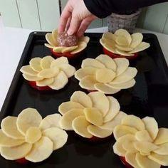 Oooo PAPATYA bu güzel hafta sonunda harika bir sunumla sizlerleyim herkese afiyet olsun ❤️ #papatya #köfte #patates #foodporn #food…