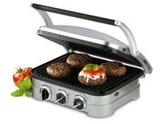 Looking for an indoor grill? Check out the Cuisinart Griddler, which is part countertop grill, part indoor grill and part panini press. Panini Grill, Panini Press, Panini Sandwiches, Grill Sandwich, Waffle Sandwich, Healthy Sandwiches, Paninis, Small Kitchen Appliances, Kitchen Gadgets