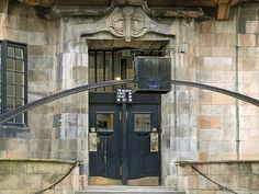 Glasgow School of Art Charles Reni Mackintosh