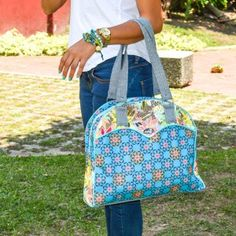 Bolso Blonda Azul    Compra tus accesorios desde la comodidad de tu casa u oficina en www.dulceencanto.com #accesorios #accessories #aretes #earrings #collares #necklaces #pulseras #bracelets #bolsos #bags #bisuteria #jewelry #medellin #colombia #moda #fashion