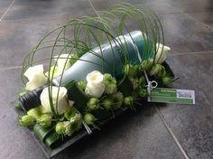 Cava decoratief verpakt voor een verjaardag