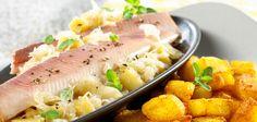 Quitten-Sauerkraut mit Knusperkartoffeln und Räucherforelle