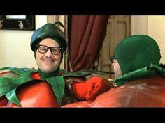 """2 tomates, 2 destinos, un video para morirse de risa pero con un gran mensaje. Premio al """"mejor video ecológico"""" del 2012."""