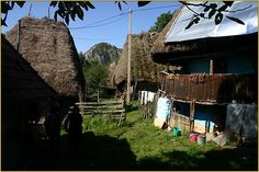 Romania, Mountains, House Styles, Home Decor, Houses, Mountain Range, Communities Unit, Decoration Home, Room Decor