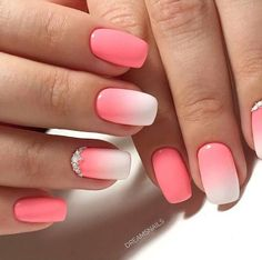 Semi-permanent varnish, false nails, patches: which manicure to choose? - My Nails Stylish Nails, Trendy Nails, Cute Nails, Pink Nails, My Nails, Pink Summer Nails, Gel Ombre Nails, Umbre Nails, Summer Vacation Nails