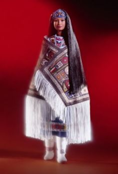 Looking for the Northwest Coast Native American Barbie Doll? Immerse yourself in Barbie history by visiting the official Barbie Signature Gallery today! Barbie Blog, Barbie I, Black Barbie, Barbie World, Barbie Clothes, Barbie 2000, Native American Dolls, American Girl, American Indians